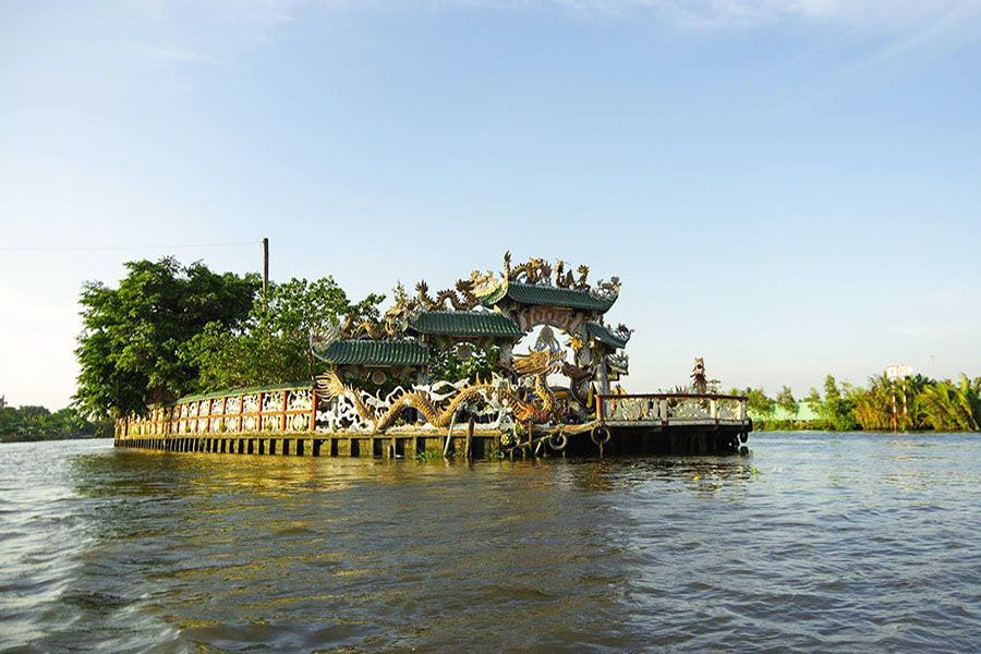 Mieu Noi Floating Temple