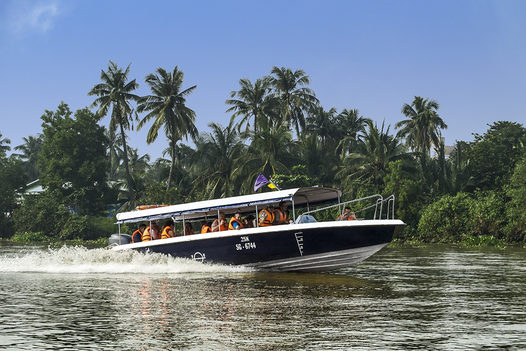 Luxury Saigon River Tours by Exciting Speedboat | Les Rives